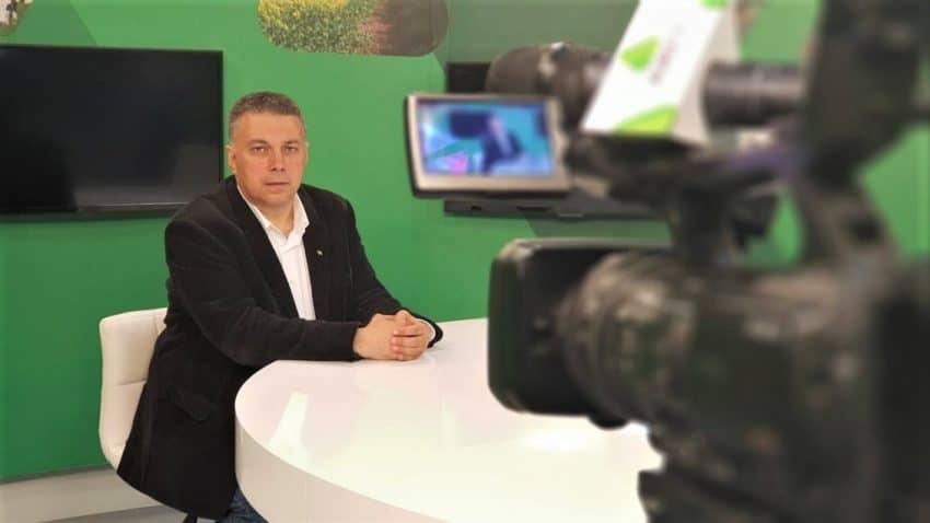 ORA 20:00 Firmele din agrobusiness-ul romanesc vin cu solutii la AGRO TV