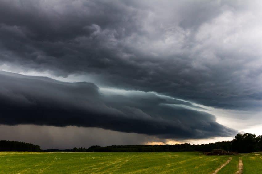Ultima ora! ALERTA METEO: Ploi torentiale, vijelii si grindina in Romania