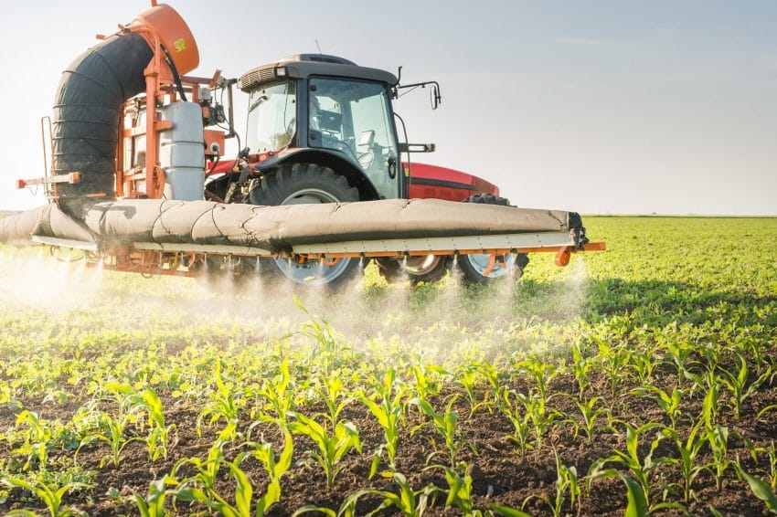 Romania, in clasamentul tarilor UE cu cele mai mari vanzari de pesticide
