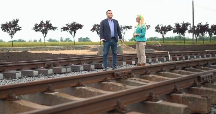 ROMANIA VAZUTA DIN TRACTOR – Linie privata de tren, pentru cereale, la Șagu