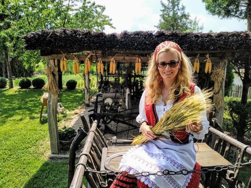 Romania vazuta din tractor – Localitatea Turnu