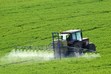 AIPROM – precizări referitoare la consumul și valoarea vânzărilor de produselor de protecție a plantelor din România