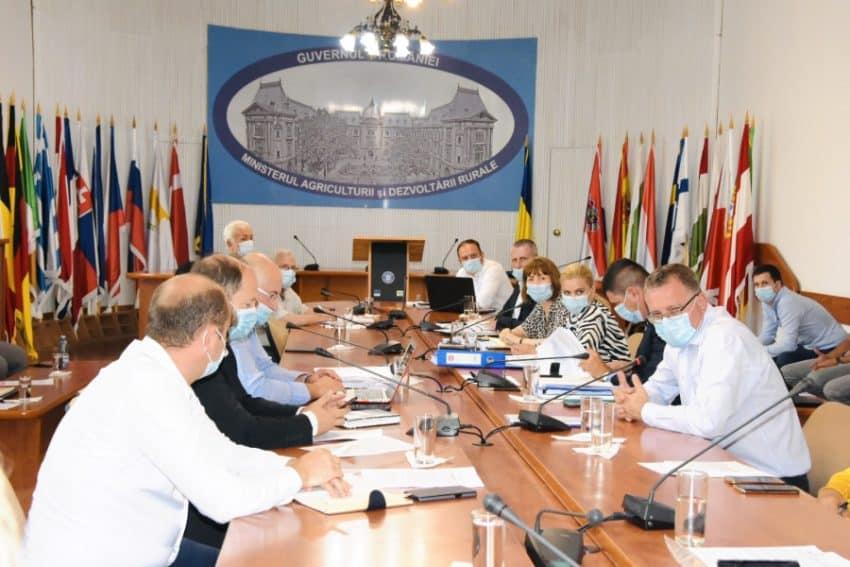 """Oros: """"An decisiv pentru elaborarea Planului National Strategic"""". Care sunt prioritatile agriculturii?"""