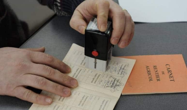 APIA: Se apropie termenul final de vizare a carnetelor de renta viagera