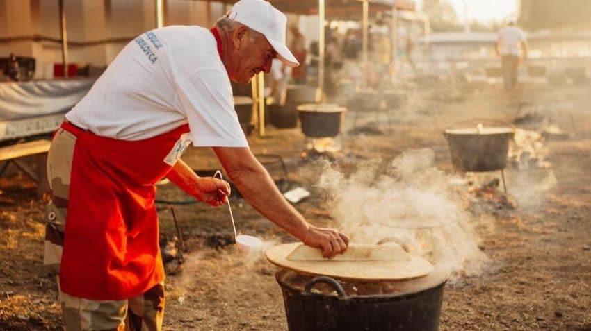 Festivalurile Borșului de Pește din Delta Dunării se REPROGRAMEAZĂ