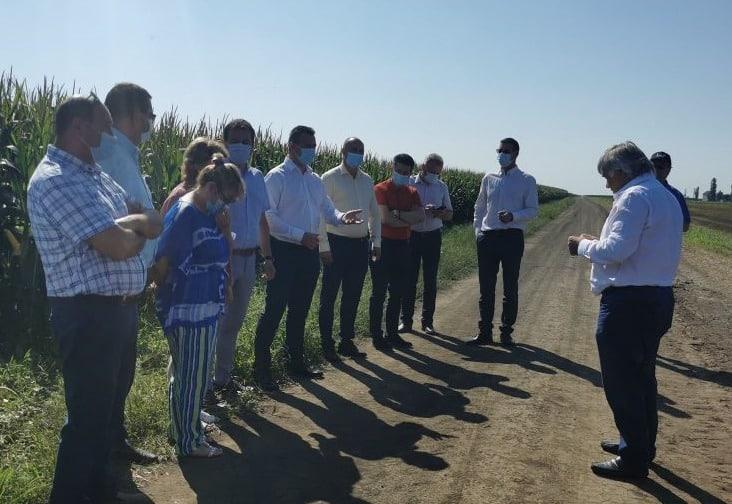 PROTEST in Arad! Mai multi primari si fermieri se revolta impotriva exploatarii gazelor de sist