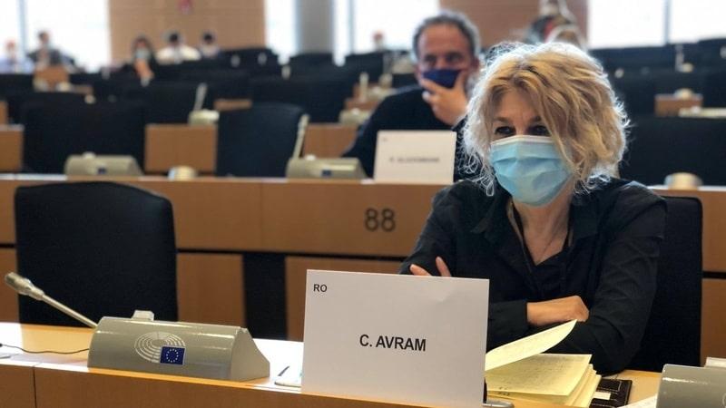 ABERANT! S-a votat plafonarea fondurilor europene pentru Pilonul 2! DEZASTRU pentru România