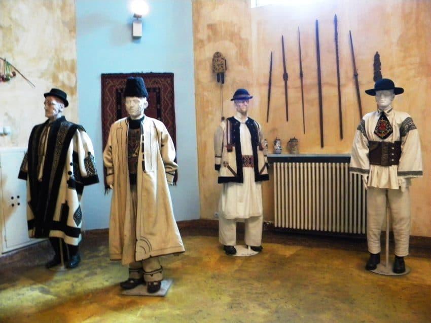Bătrânii de iarnă  4 – 6 decembrie 2020, la Muzeul Național al Țăranului Român