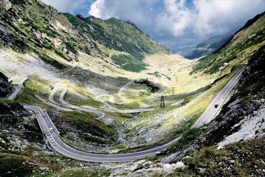 Cel mai frumos drum din lume ar putea rămâne deschis tot timpul anului