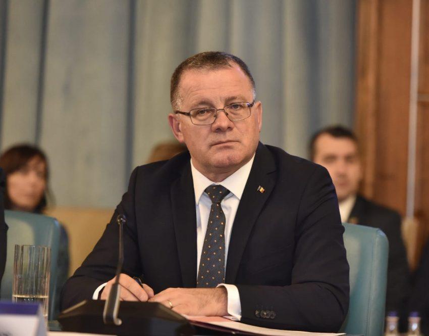 Ministerul Agriculturii rămâne sub conducerea lui Adrian Oros!