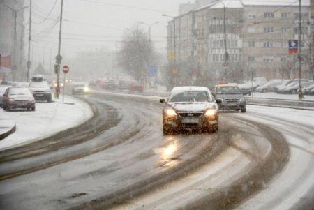 ALERTĂ METEO! Weekend-ul vine cu ninsori abundente și viscol în mai multe județe